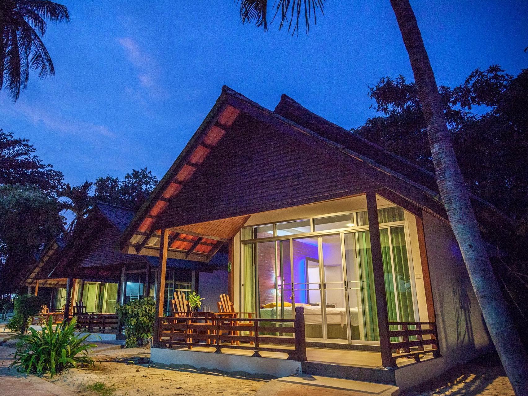 Marine Chaweng Beach Resort มารีน เฉวง บีช รีสอร์ต