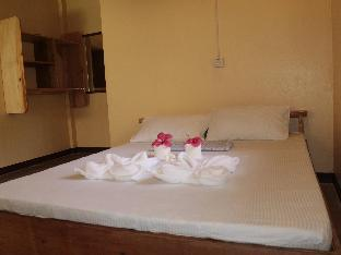 picture 5 of Pesangan Surfcamp Hotel