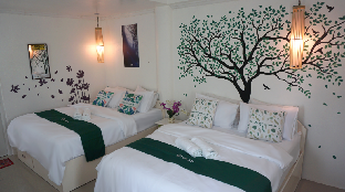 picture 1 of Cocotel Room Cronin Inn