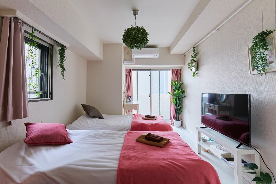Ebee's Room Tokyo KAMATA  Lovely Room   2 Min