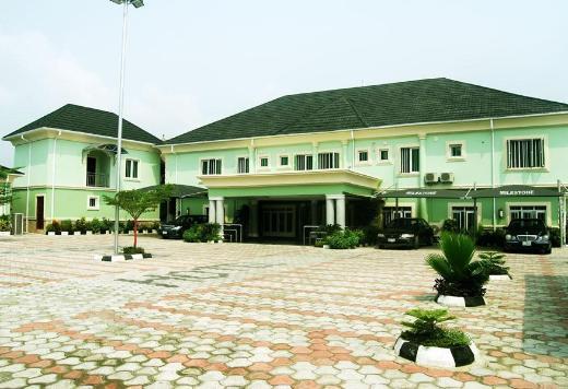 Milestone Hotel Annex