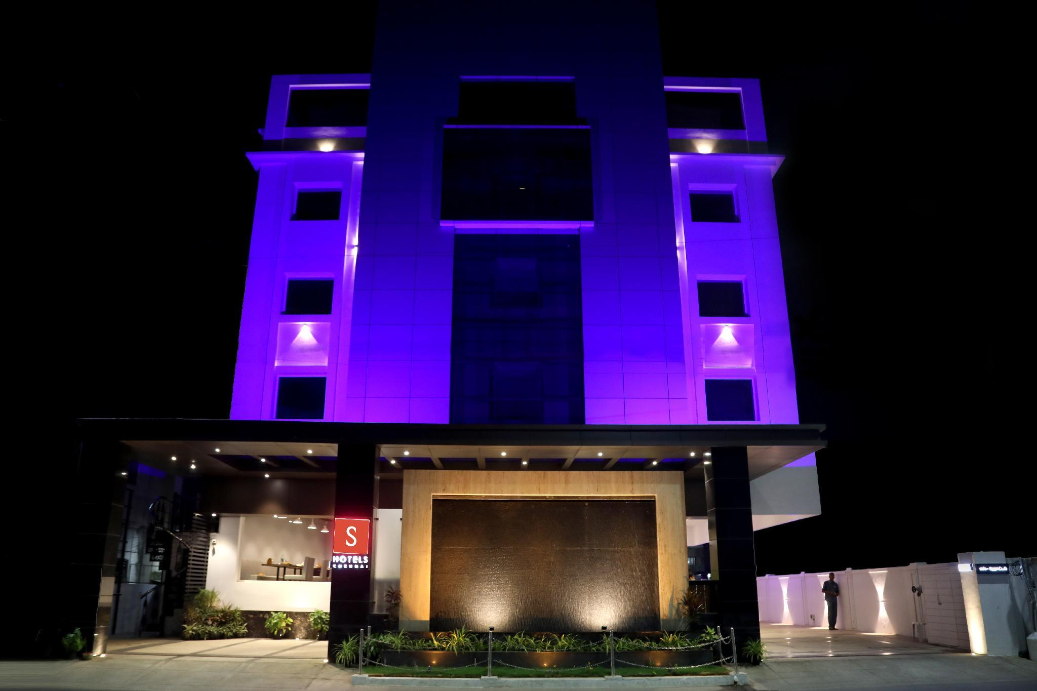 S Hotels