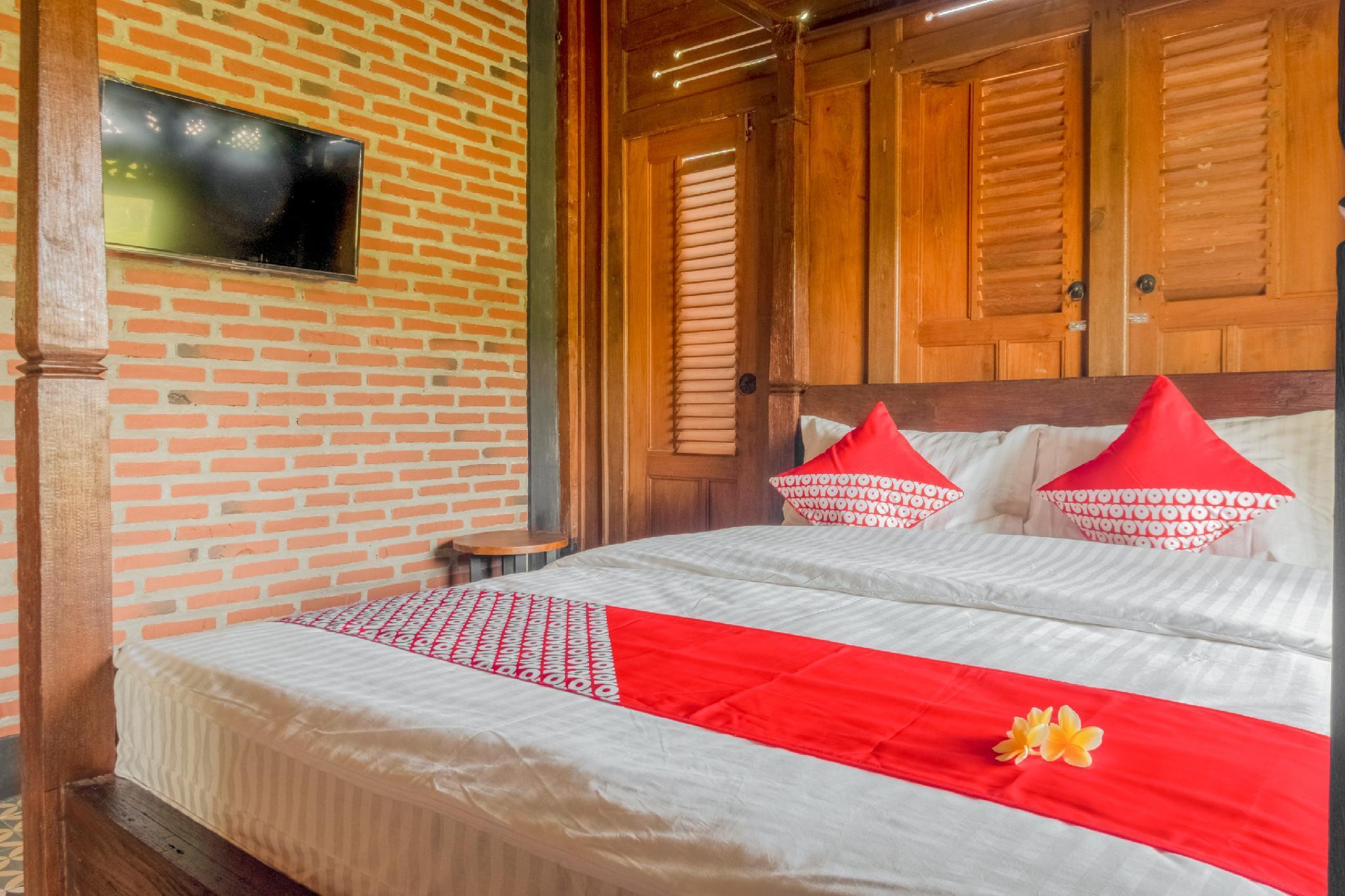 OYO 593 Kalaras Hotel And Cottage