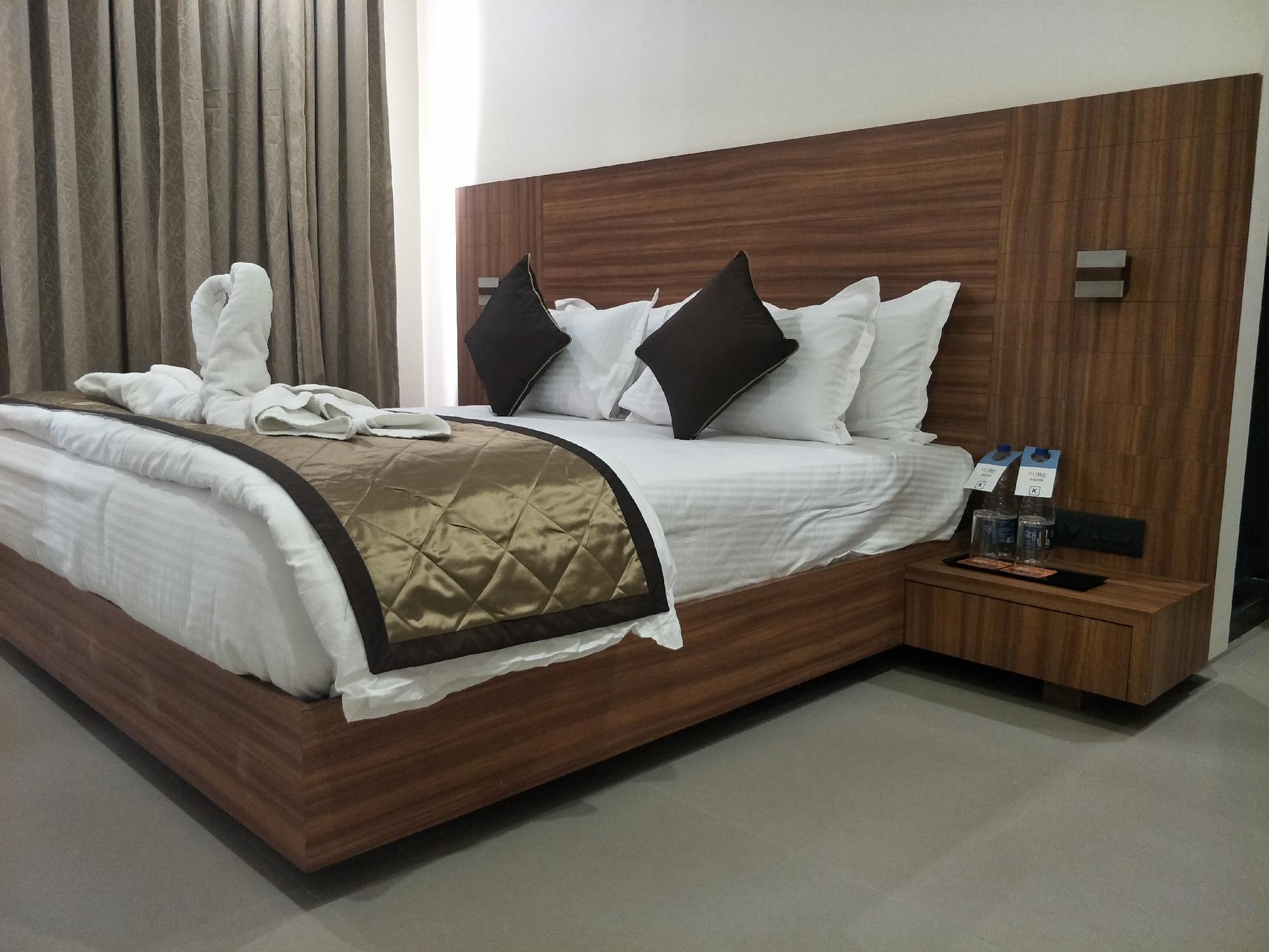 Kyriad Hotel Solapur