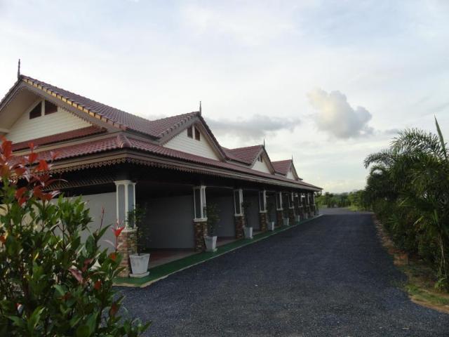 นาธา รีสอร์ท – Nata Resort