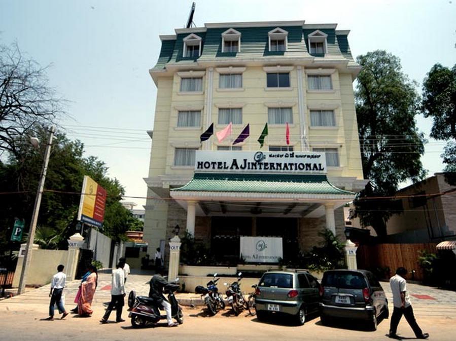 Hotel AJ International
