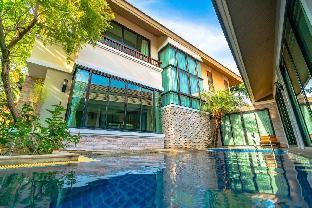 56 Deluxe 5 Bedroom Pool Villa in Downtown Pattaya วิลลา 5 ห้องนอน 5 ห้องน้ำส่วนตัว ขนาด 450 ตร.ม. – พัทยาเหนือ