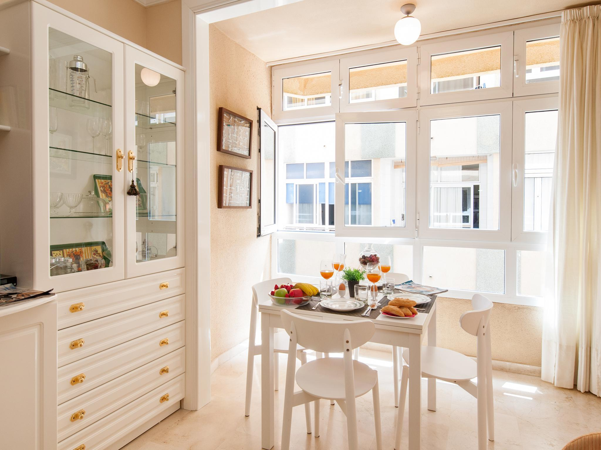 Apartment For 2 Persons Near The Beach