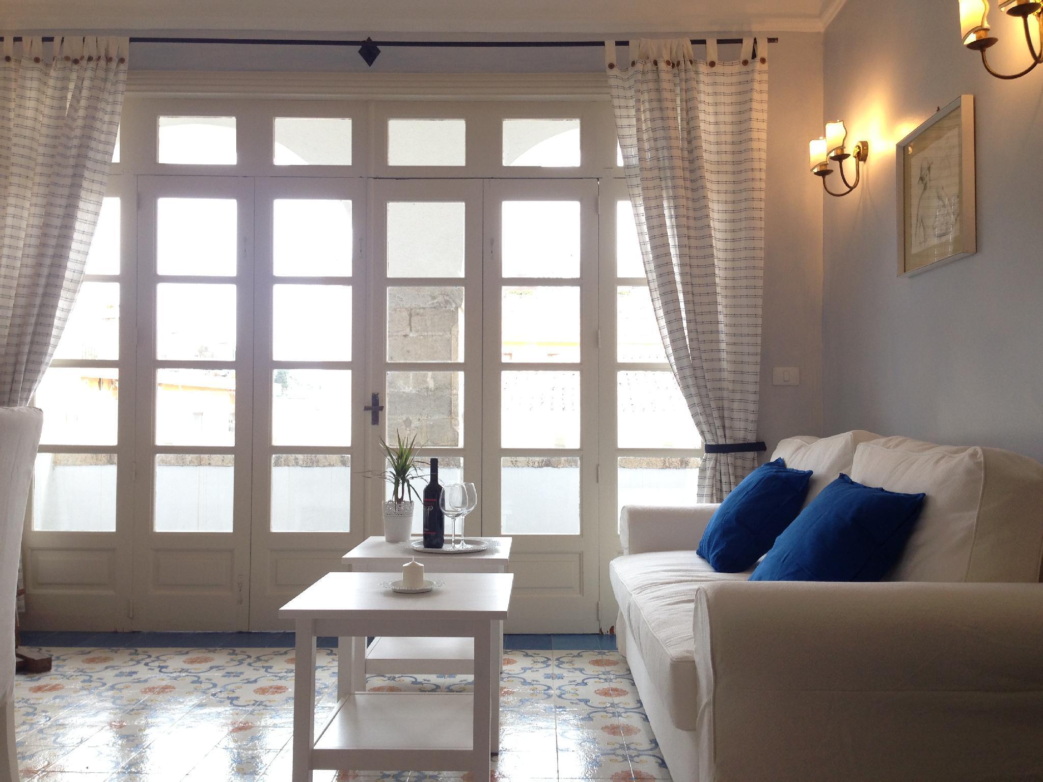 Nice Apartment In Corso Umberto  Main Center Of Taormina.