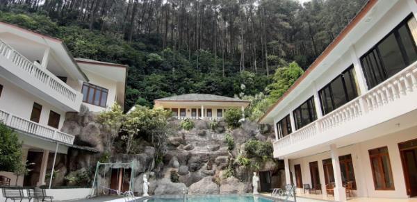 Villa Bukit Awan Puncak