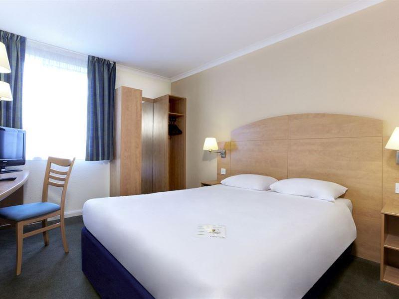 Campanile Liverpool   Queens Dock Hotel
