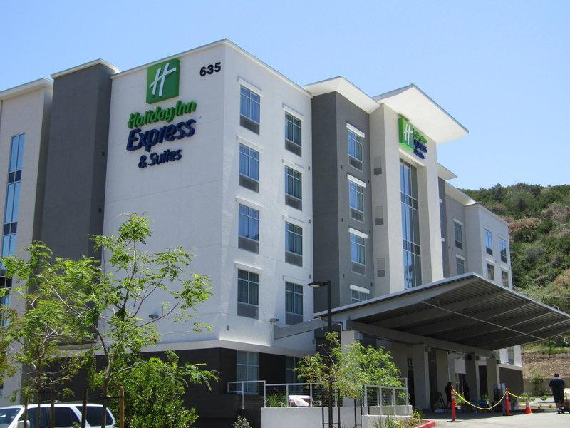 Holiday Inn Express And Suites San Diego   Mission Valley