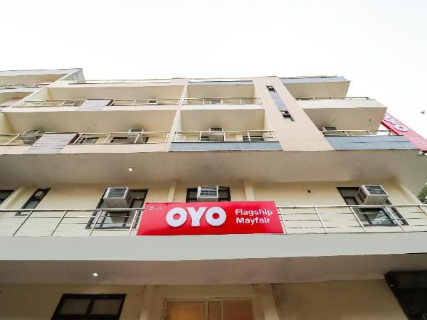 OYO Flagship 37111 Mohit Plaza Shalimar Bagh New Delhi and NCR