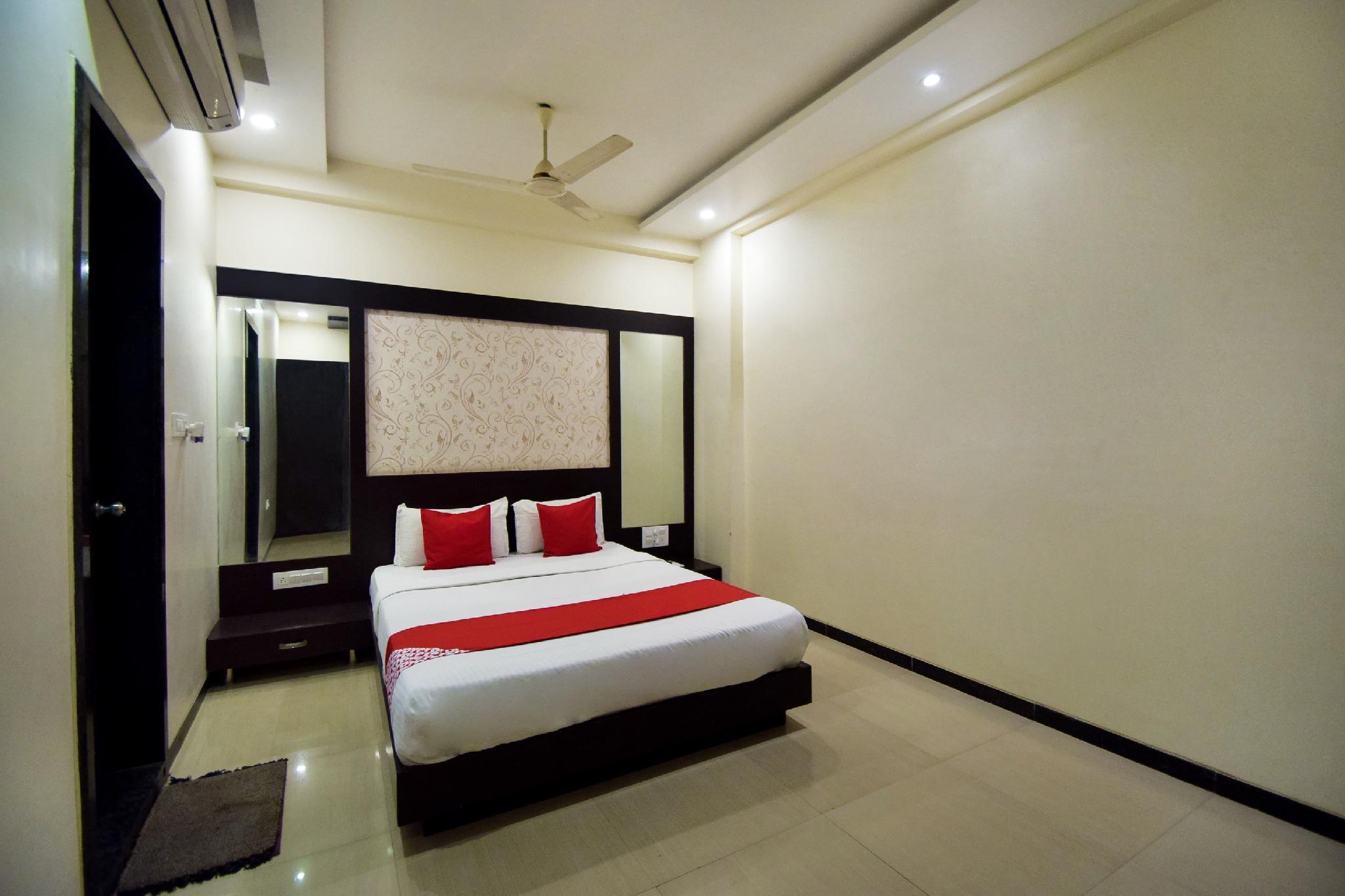 OYO 14844 Hotel Shrinath