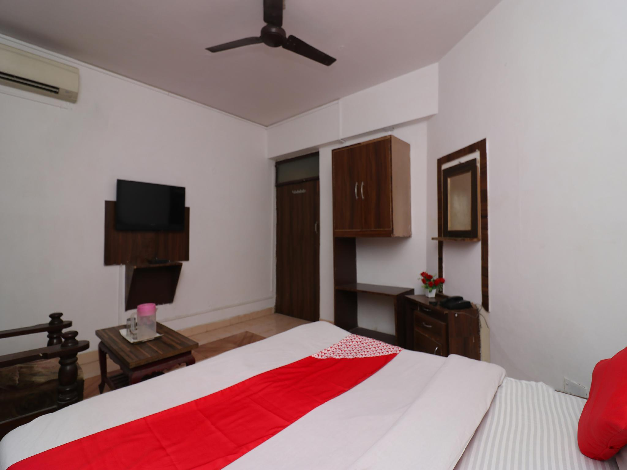 OYO 35400 Hotel Citi