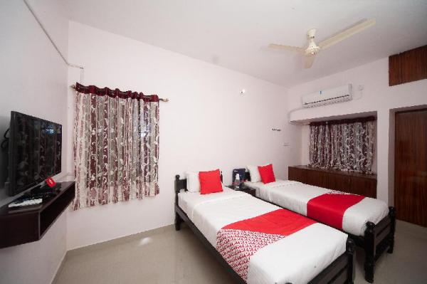 OYO 36961 Kiruba Castle Chennai