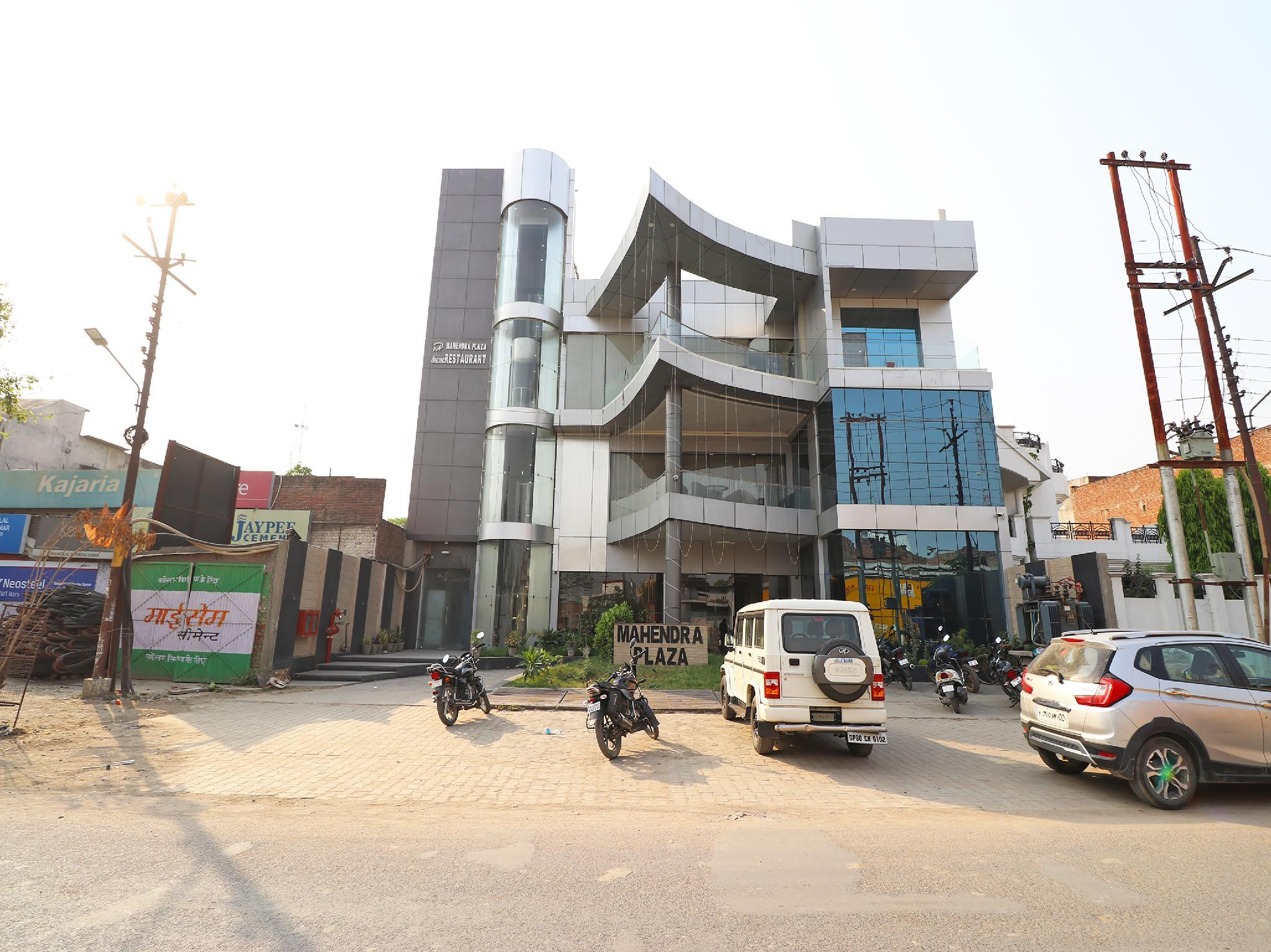 Capital O 37991 Mahendra Plaza