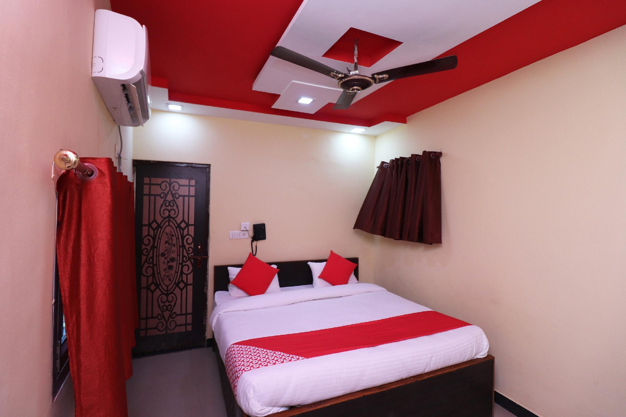 OYO 37887 Hotel Sikandra Palace And Restaurant