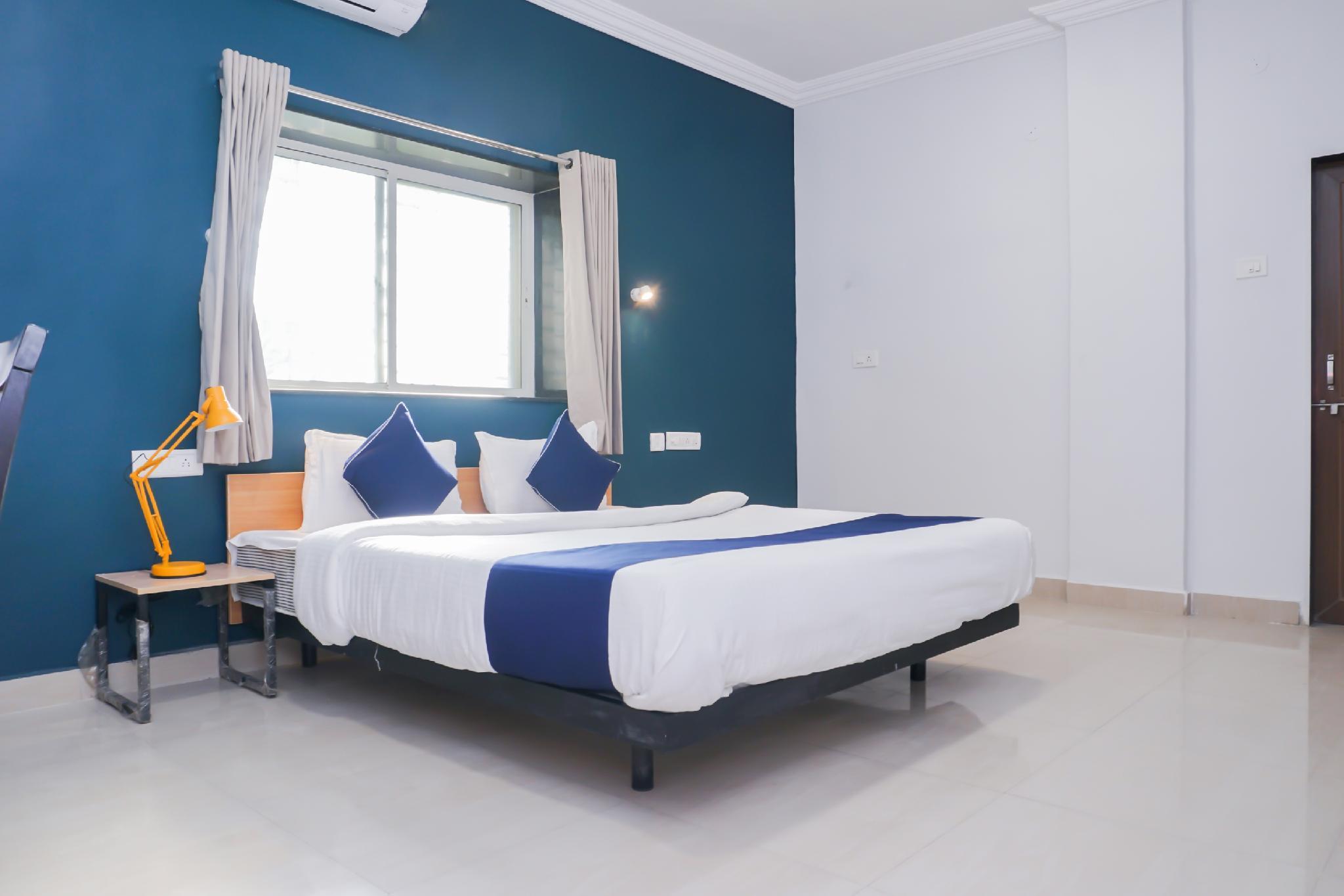SilverKey Executive Stays 37681 Vishrantwadi