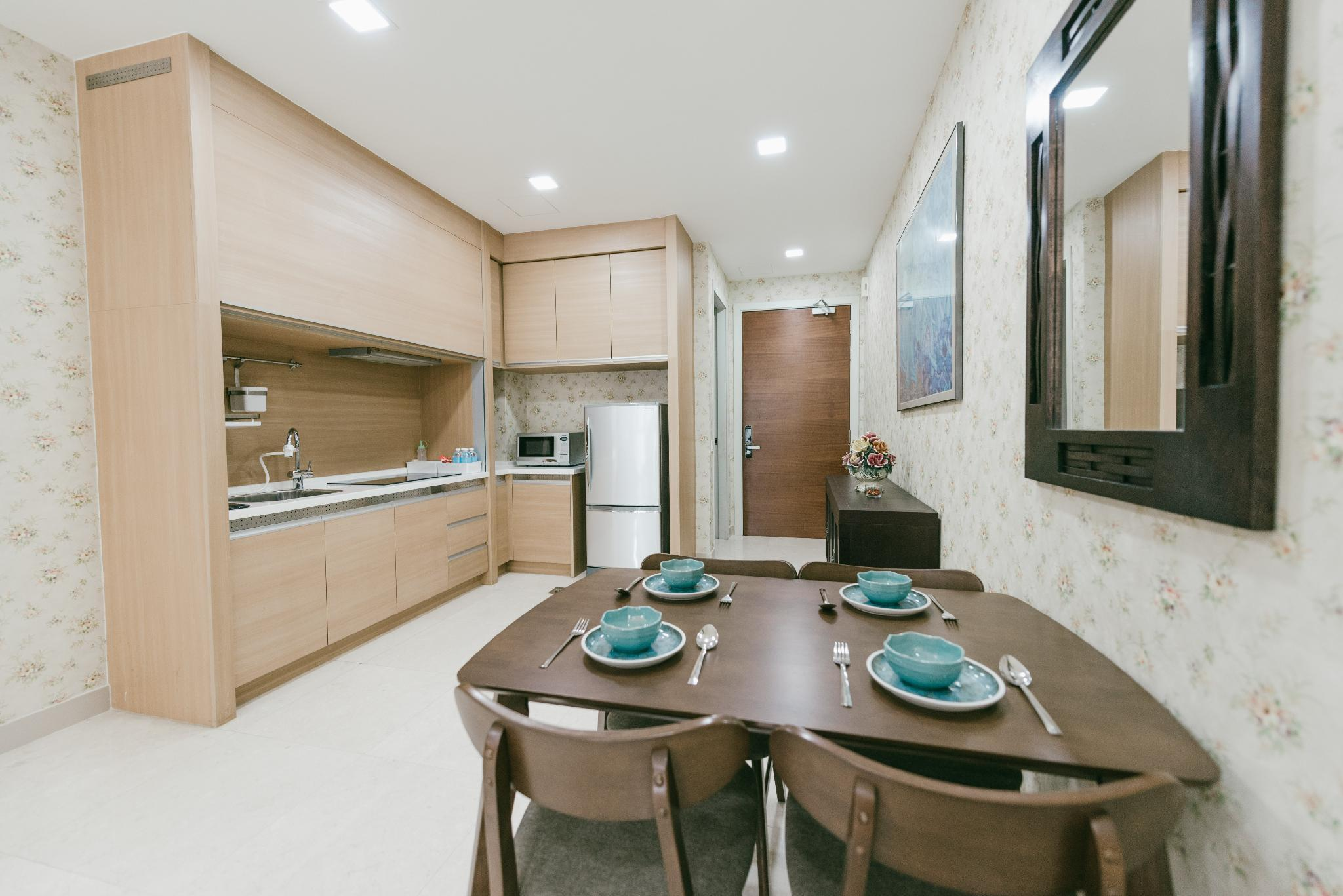 Amazing 2BR Suite With Best Location  A16