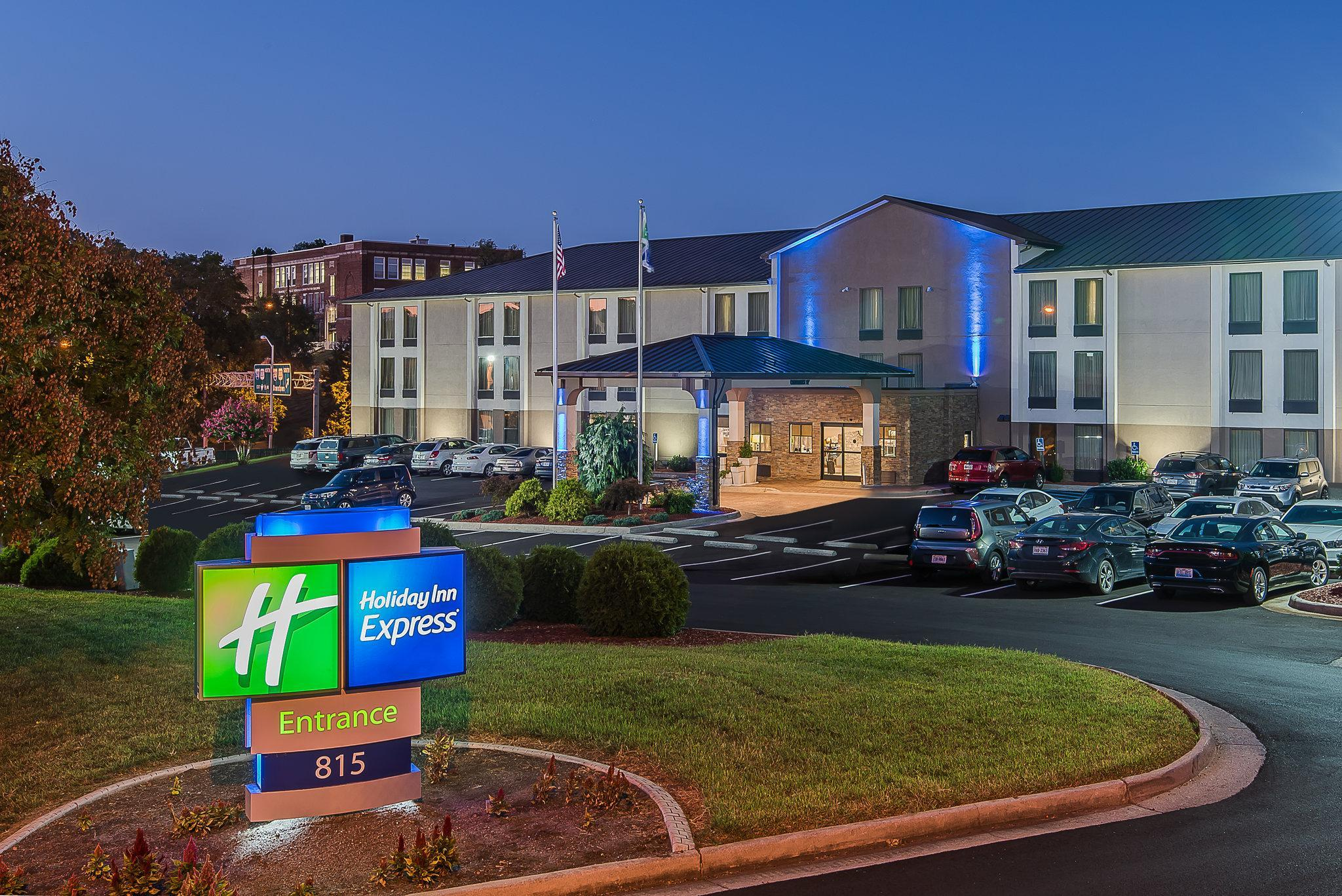 Holiday Inn Express Hotel Roanoke Civic Center