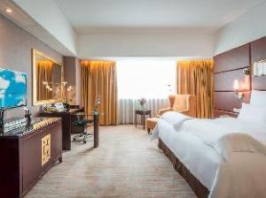 Pullman Guangzhou Baiyun Airport Hotel