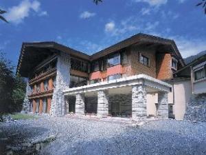 Kamikouchi Alpen Hotel