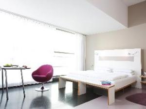 Hotel Ku'Damm 101 hakkında (Hotel Ku'Damm 101)