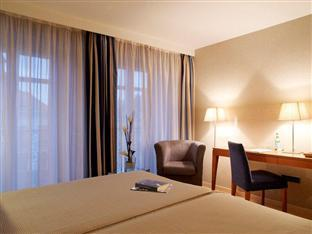 Exe Grand Place Hotel