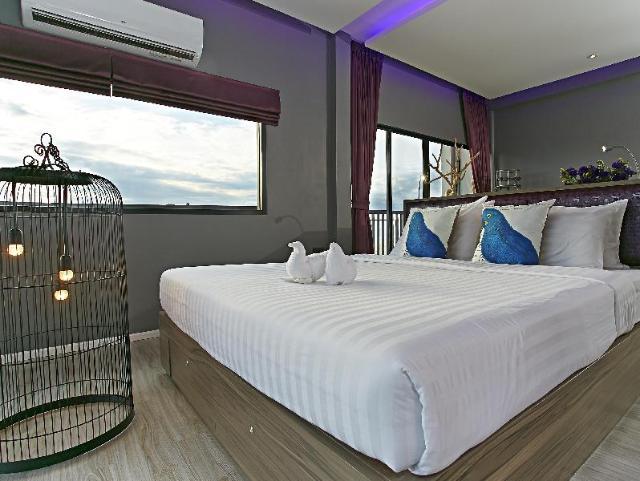 โรงแรมทวีต ทวีต เนสท์ พัทยา – Tweet Tweet Nest Pattaya Hotel