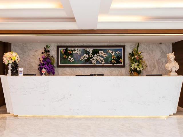โรงแรมเดอะ แกรนด์ สาทร