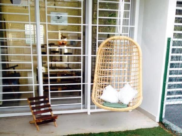 Mdm Tong Nilai Holiday Home Bandar Baru Enstek