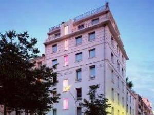 โรงแรมไฮ เอโค่ สปา&บีช (HI Hotel Eco Spa & Beach)