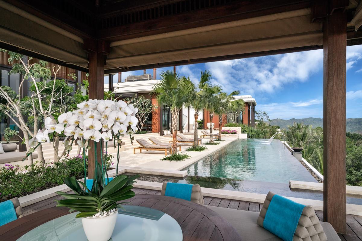Three Bedroom Sea View Residence
