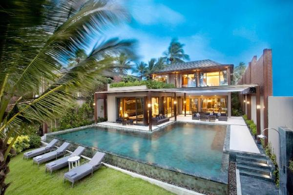 Stunning 5 bedroom Beachfront Pool Villa Phuket