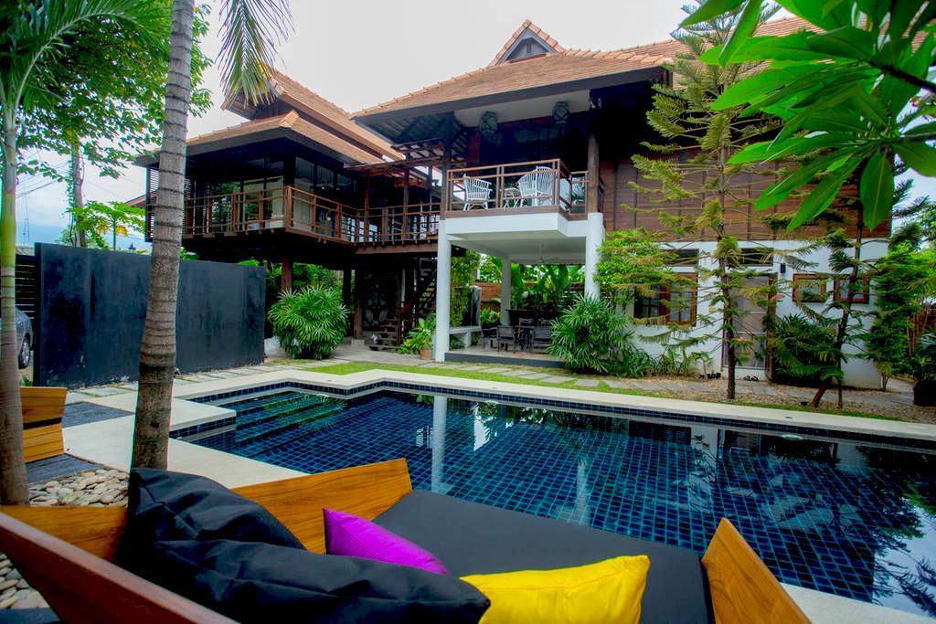 5 Bedroom Luxury Pool Villa   City Centre NG