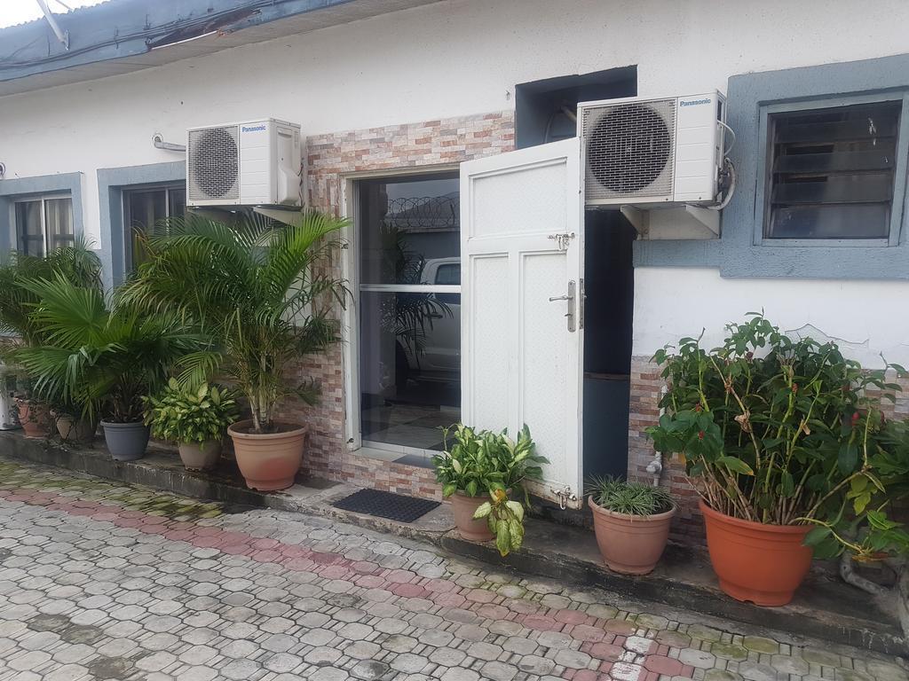 Elmariz Kitchen Motel