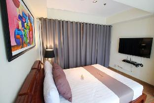picture 5 of 5 star Condotel at Azure Urban Resort TR1105 BV