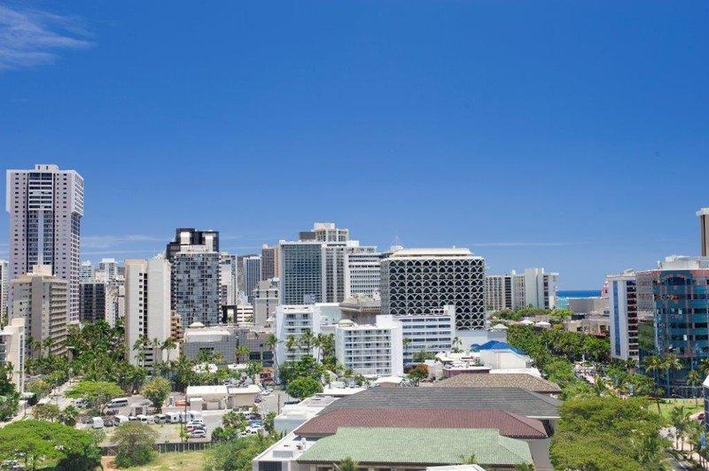 Hotel LaCroix Waikiki