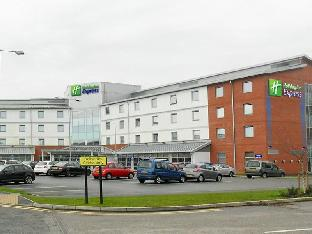 Фото отеля Holiday Inn Express Leigh - Sports Village