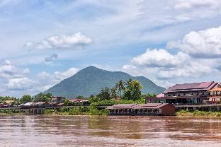 リバーサイド チァンカーン リゾート Riverside Chiangkhan Resort