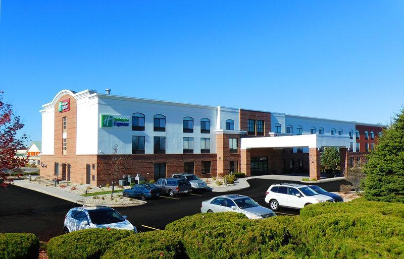 Holiday Inn Express Coventry S   West Warwick Area