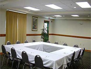Holiday Inn Express And Suites Sarasota East