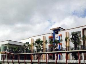 Por-Ho  Boutique Hotel