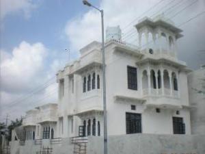 Manhar Vilas Hotel