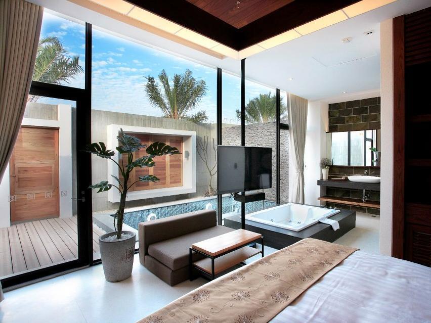 H Villa Inn