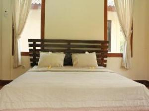 Dewi Ayu Accommodation