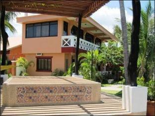 picture 3 of Punta Riviera Resort