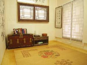 Ogamul Hanok Guesthouse