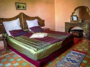 Las Palmeras Guest House
